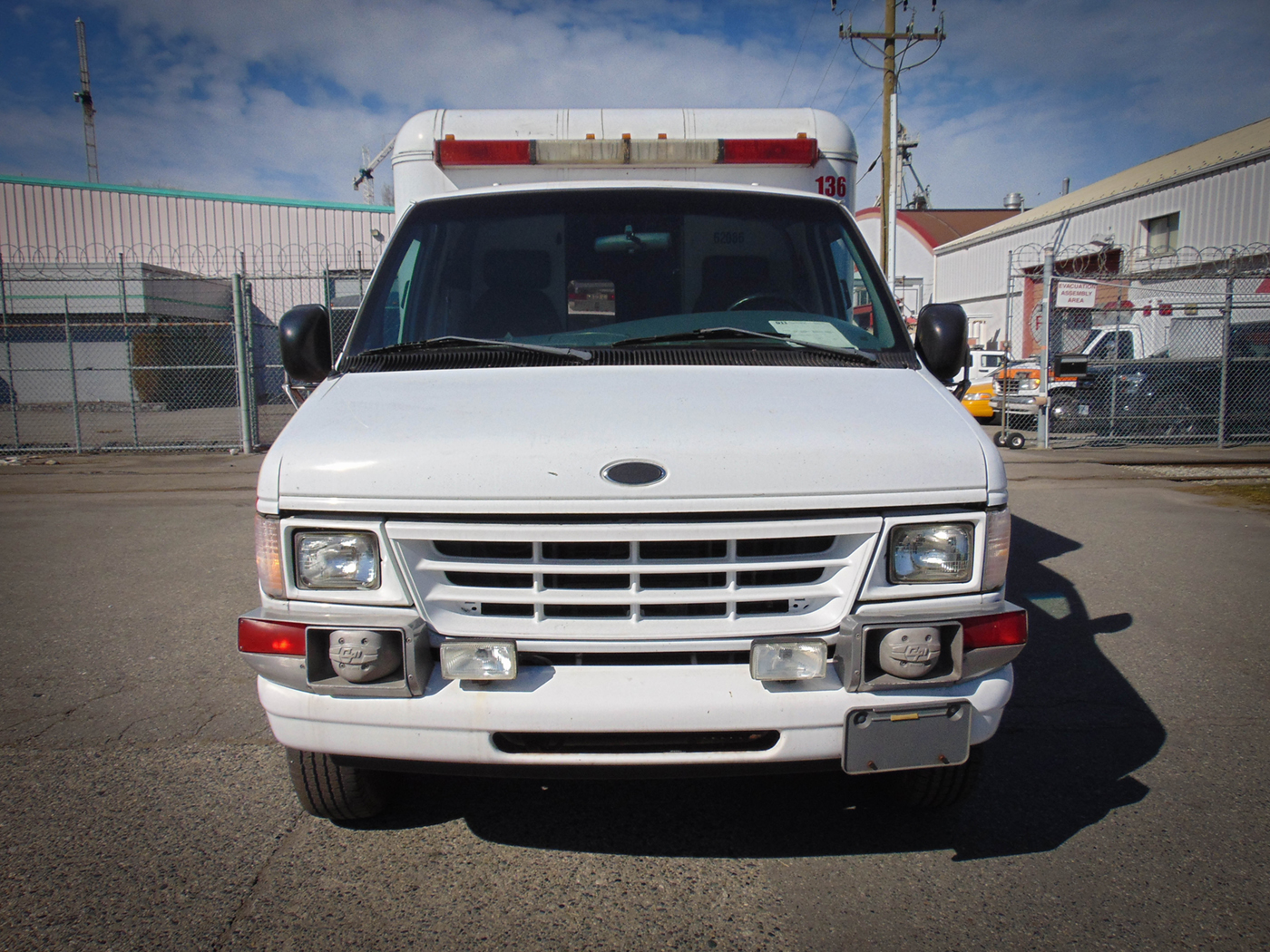 2001 Ford Ambulance For Rent